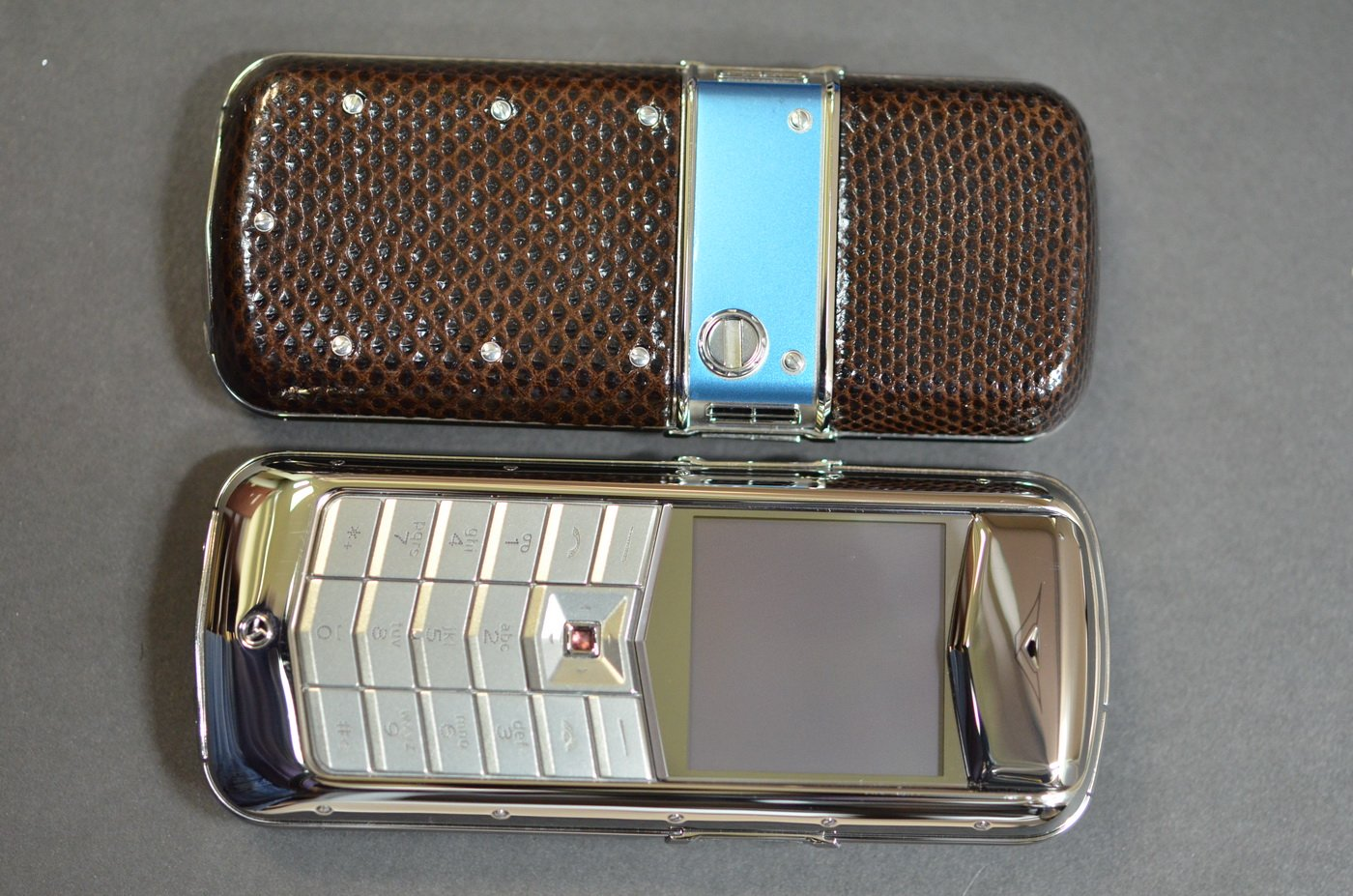 Корпус Vertu Constellation Brown Karung