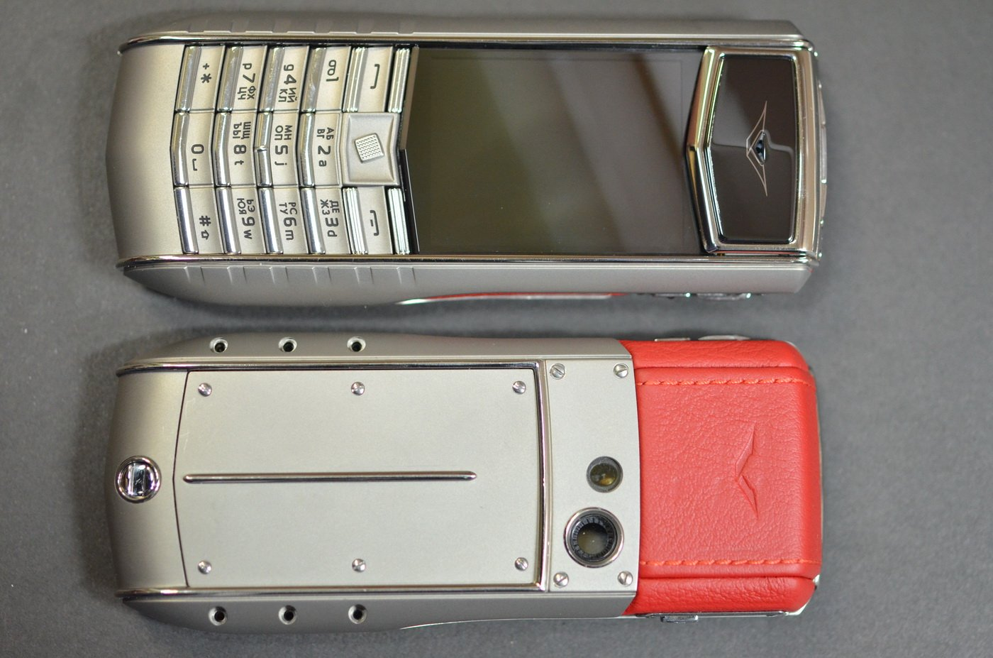 Корпус Vertu Ascent Ti Red